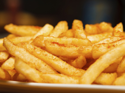 Пикантни пържени картофки