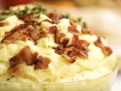 Млечно картофено пюре с чесън