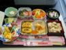 Какво се сервира в самолетите (снимки)