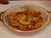 Глазирани ябълкови резенчета