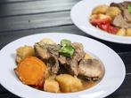 Месо със зимни зеленчуци