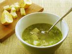 Супа с праз, картофи и кашкавал