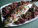 Сьомгова пъстърва с червен ориз