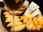Френска салата с круши и синьо сирене