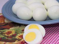 Варени яйца с лимонов сок