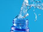 Пиете ли вода, докато шофирате?