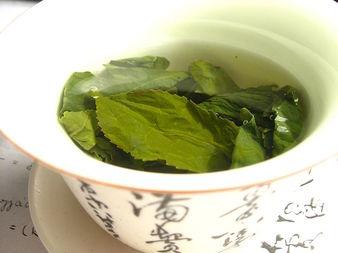 Майка на две деца отслабва само със зелен чай