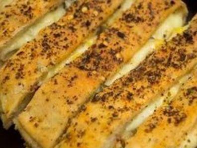 Чеснов хляб със сирене