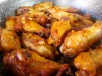 Чеснови пилешки крилца по испански