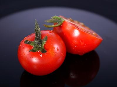 Торта от извара и домати