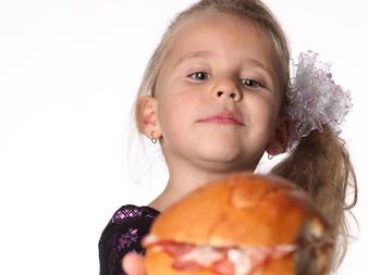 Защо ядем, когато не сме гладни?