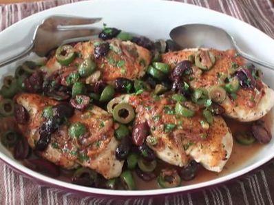 Пилешко филе с маслини