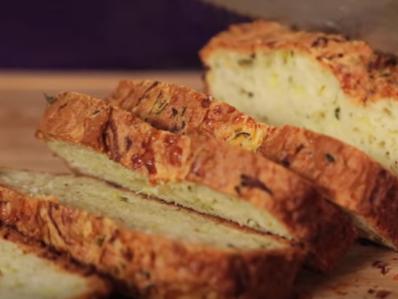 Солен хляб с тиквички