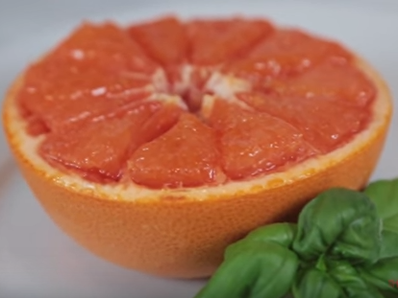 Запечен грейпфрут със захар