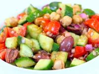 Гръцка салата с нахут