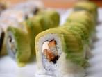 Опасно ли е да ядем сурова риба?