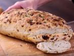 Хляб с карамелизиран лук