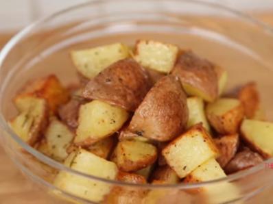 Печени червени картофи