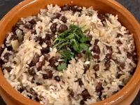 Черен фасул с ориз