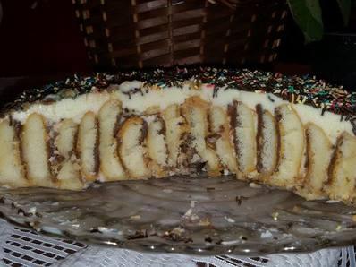 Интересна бишкотена торта