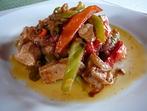 Пилешко със зеленчуци на тиган