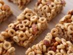 Хрупкави блокчета от зърнена закуска