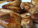 Най-лесната марината за пилешки крилца