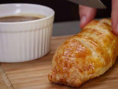 Бързи наденички в тесто