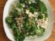 Салата от броколи, семки и стафиди