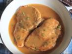 Пилешко с пикантно грейви