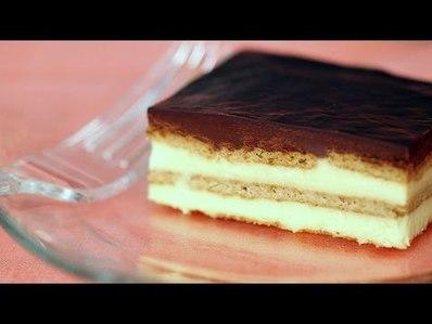 Бисквитена торта с ванилов крем