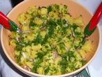 Сочна картофена салата