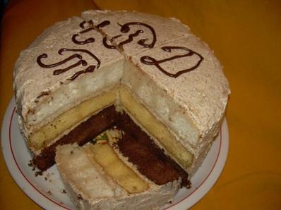 Трицветна торта Толи