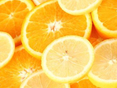 Салата от лук с портокали