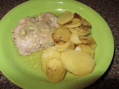 Пиле с хрупкави картофки