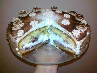 Лесна сметанова торта с боровинки