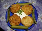 Картофени кюфтета с млечен сос