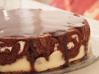 Лесна шарена торта с готови рула