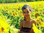Канелената Диана обича цветове, пътешествия и веган храна