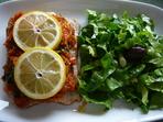 Филе от риба с доматен сос