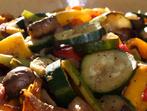 Бърза зеленчукова манджа в тиган