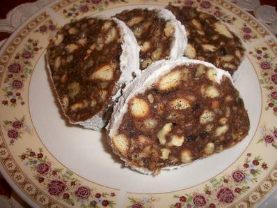 Шоколадов салам с локум и орехи